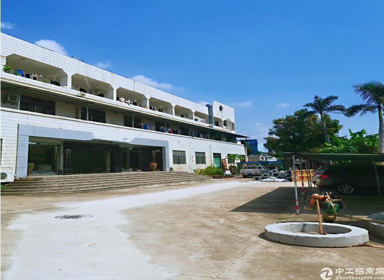 龙岗占地5258㎡建筑8200㎡红本厂房4800万出售