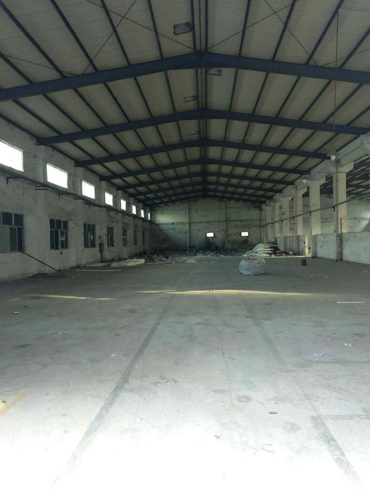 横沥镇钢构厂房8000平方可办家私环评..