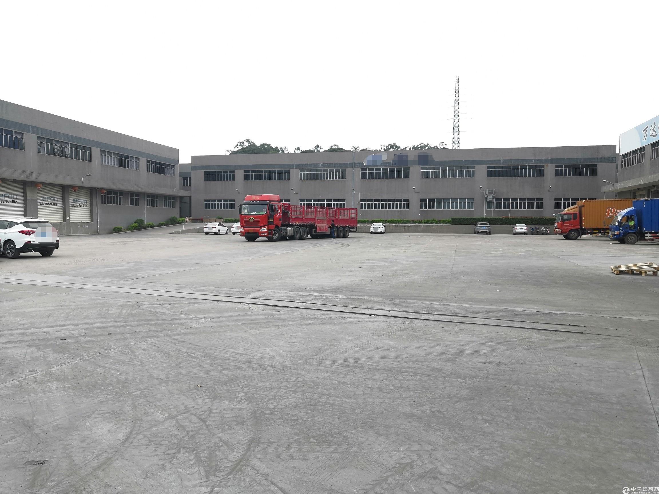 清溪新出标准仓库4600平出租层高8米带卸货平台