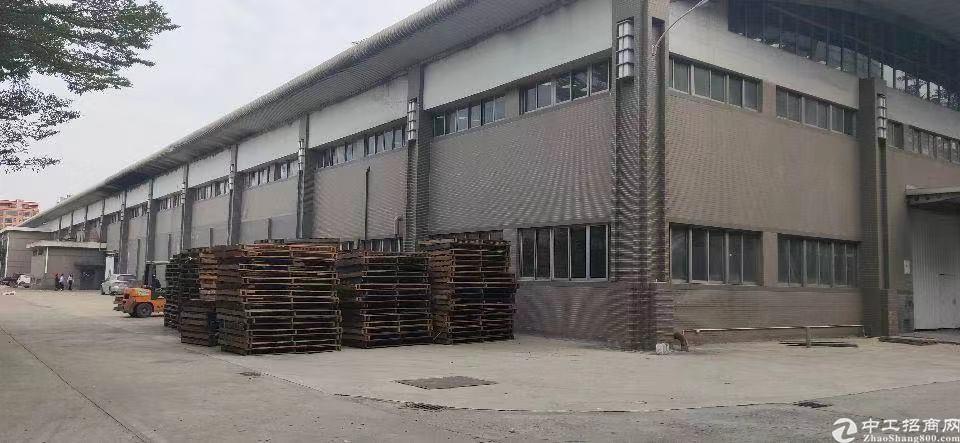 单一层厂房15万平方,绝世丙二级消防,位置好,可分租