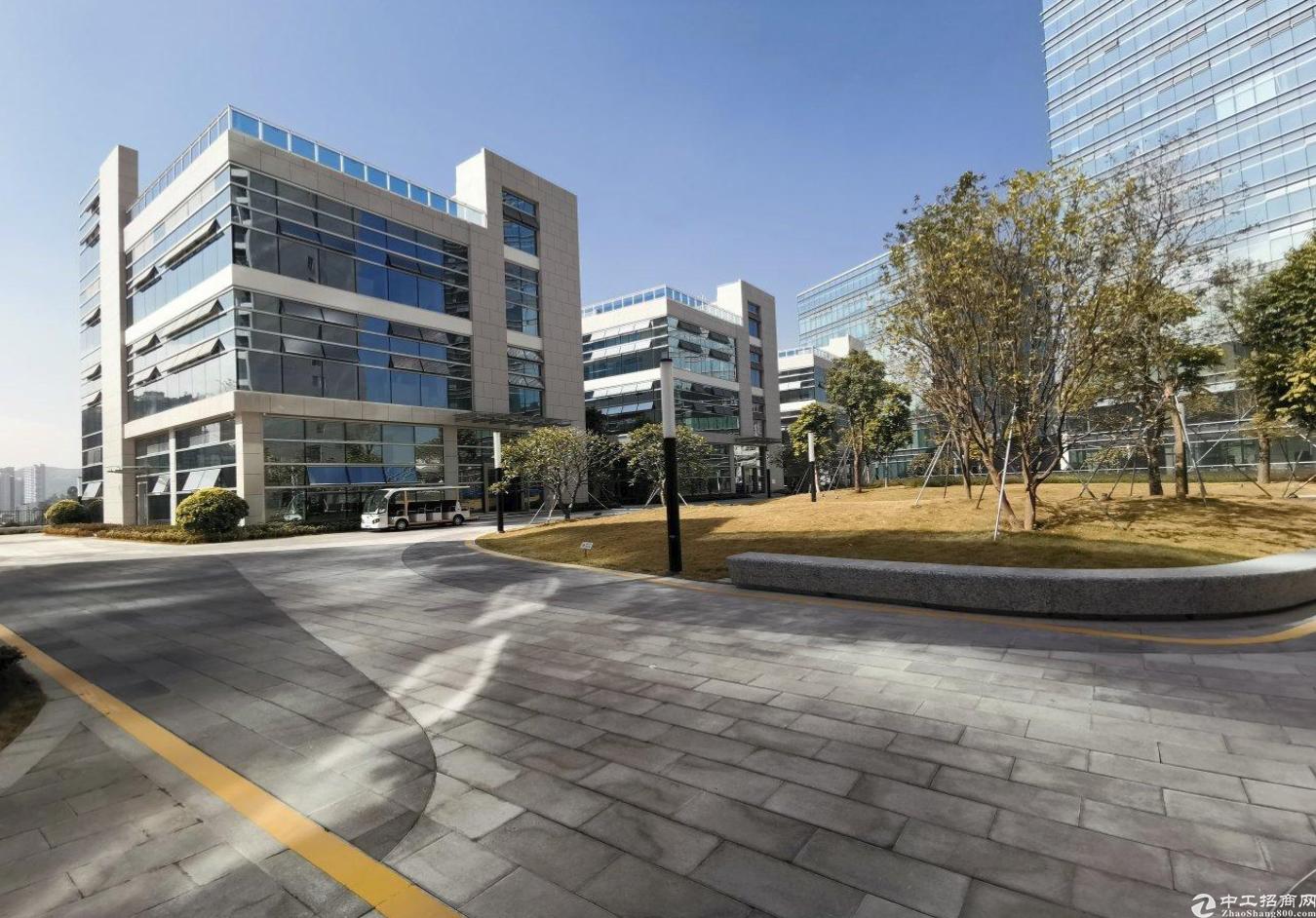 布吉独栋企业总部2100平米出售证件齐全