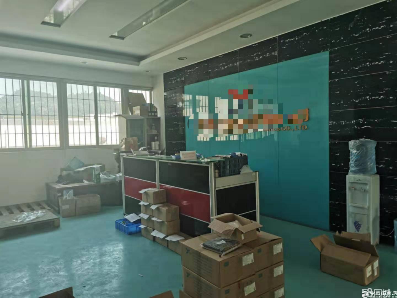 公明玉律工业园新出楼上1250平厂房出租,价格美丽,好招工