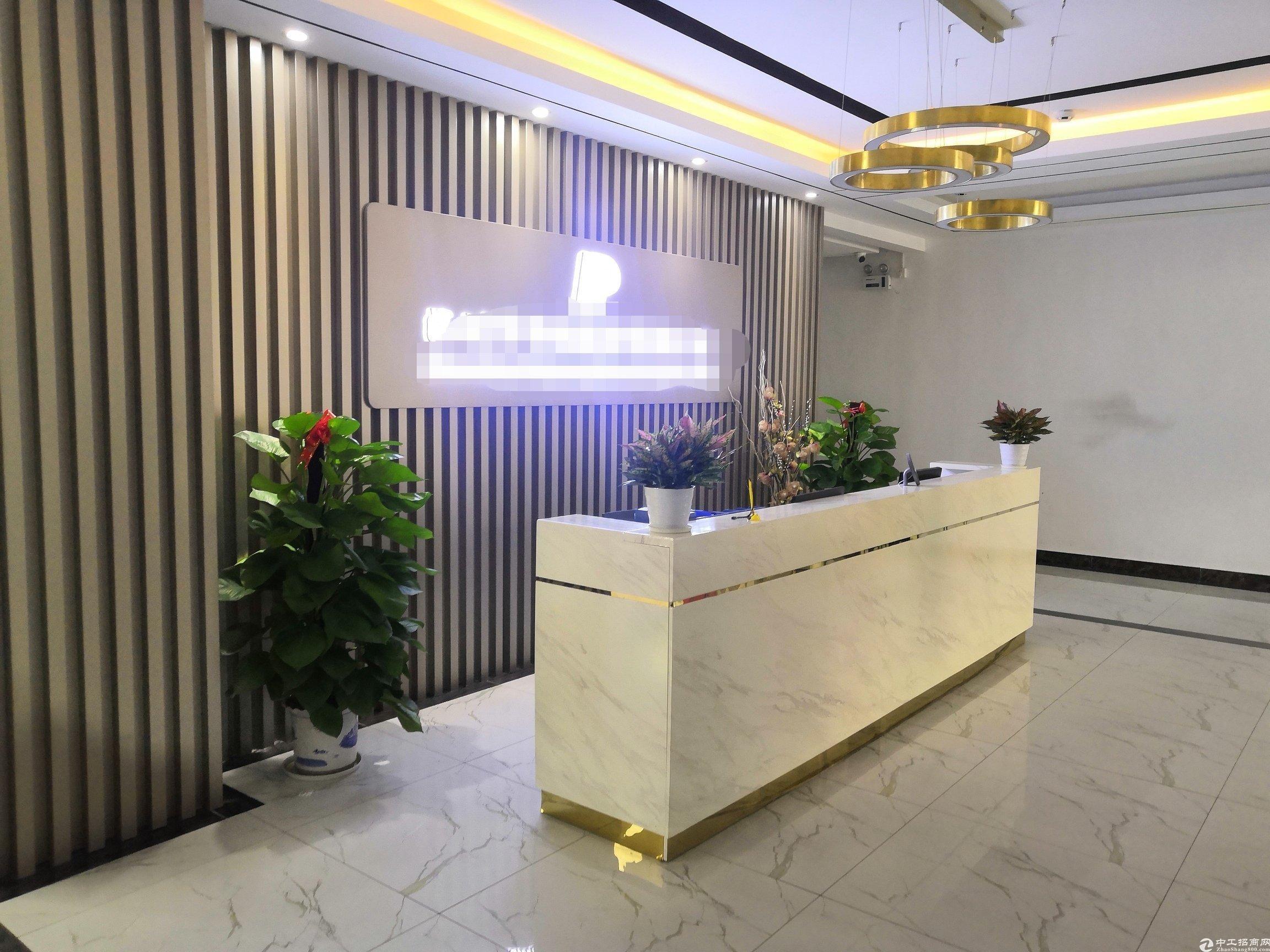 深圳福永和平花园式工业园楼上1200平精装修带办公室厂房