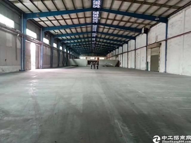 深圳平湖高速路口钢结构仓库厂房出租独栋16000平灵活分租