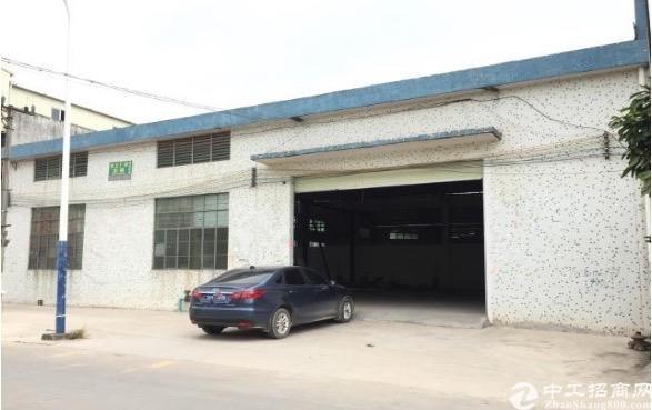 南站附近独立1000方简易仓库厂房出租,一线马路边,方正使用
