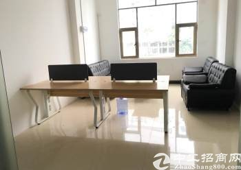 龙华汽车站精装办公室带全套家私卡座面积共2600打包出租图片3