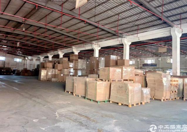 光明新区7-12米高单层钢架结构仓库出租