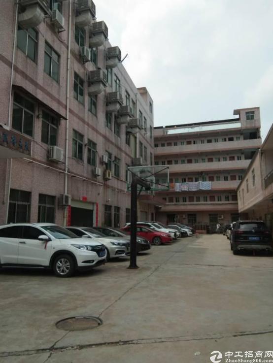 横岗永湖地铁口一楼680平厂房仓库出租