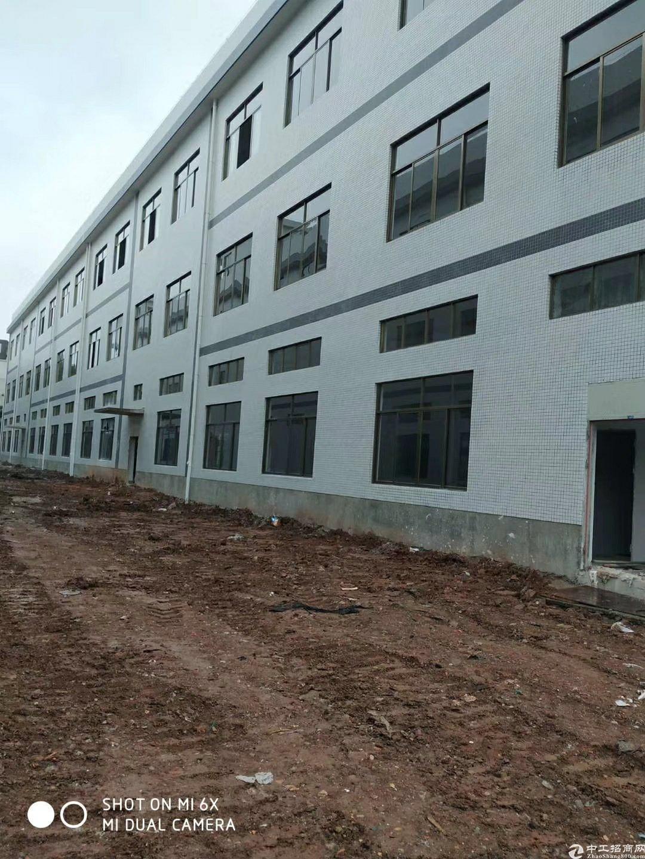 广东中山南朗占地19.3亩建筑4500㎡国有证厂房出售大空地
