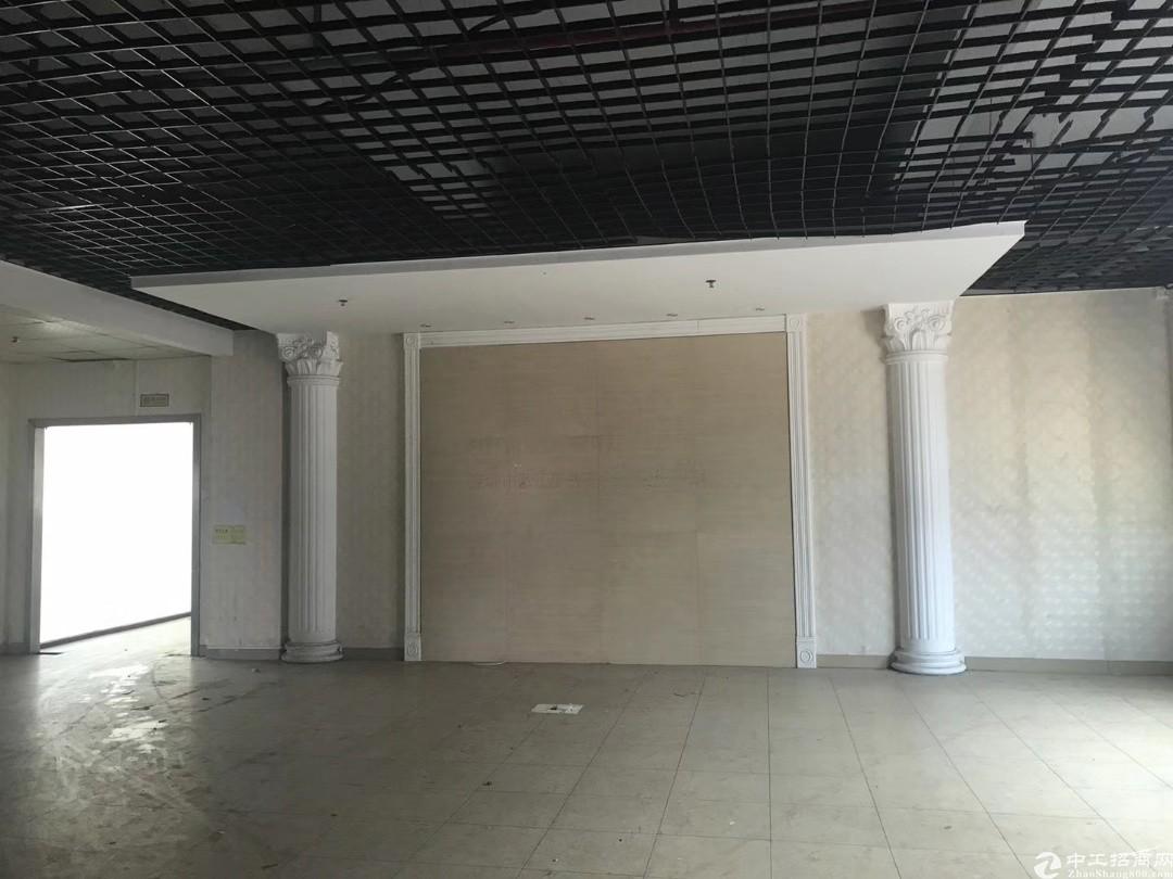 光明公明田寮2400平豪华装修厂房出租带前台办公室
