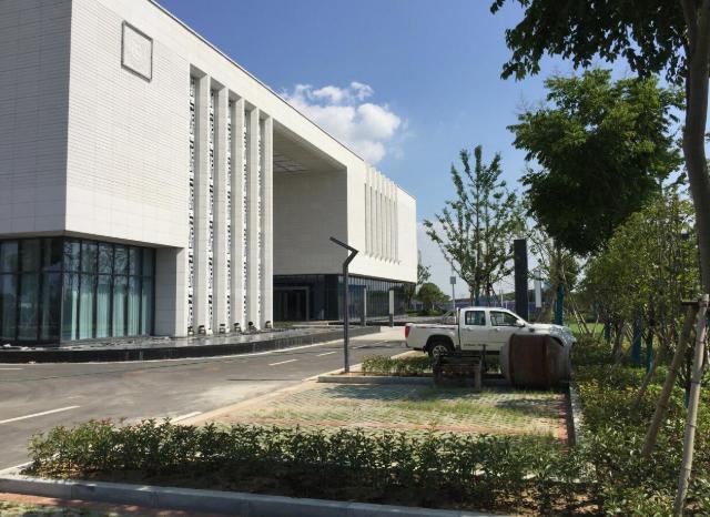 100000平单层钢构、多层框架厂房出售