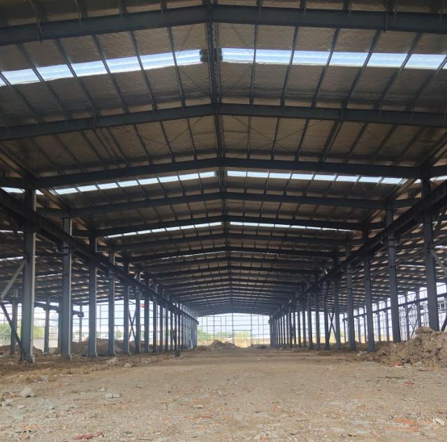售郑州24米跨高标钢构厂房,高11.8米