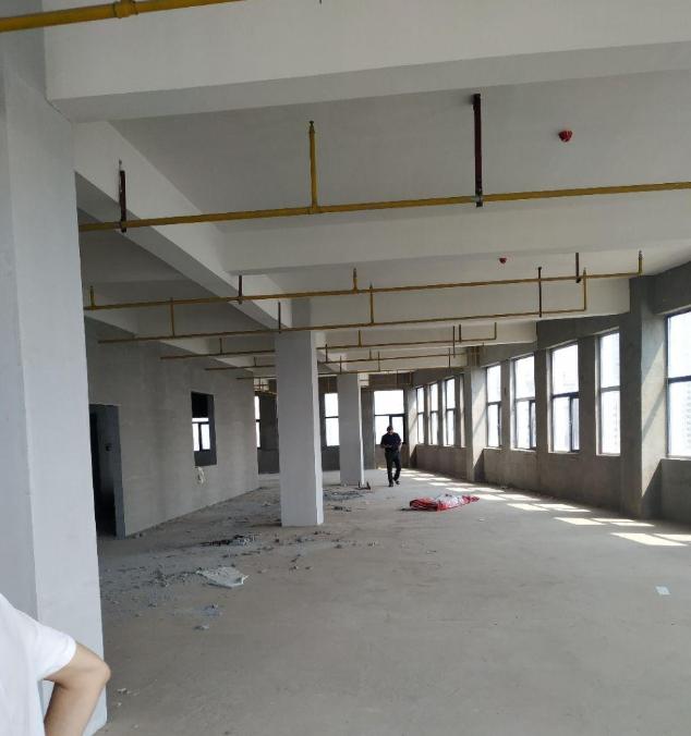 高新区工业园区域,1200平厂房,可办理独立产权证