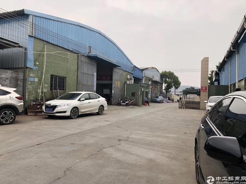 南沙800平简易厂房仓库,砖墙到顶,空地大,交通便捷