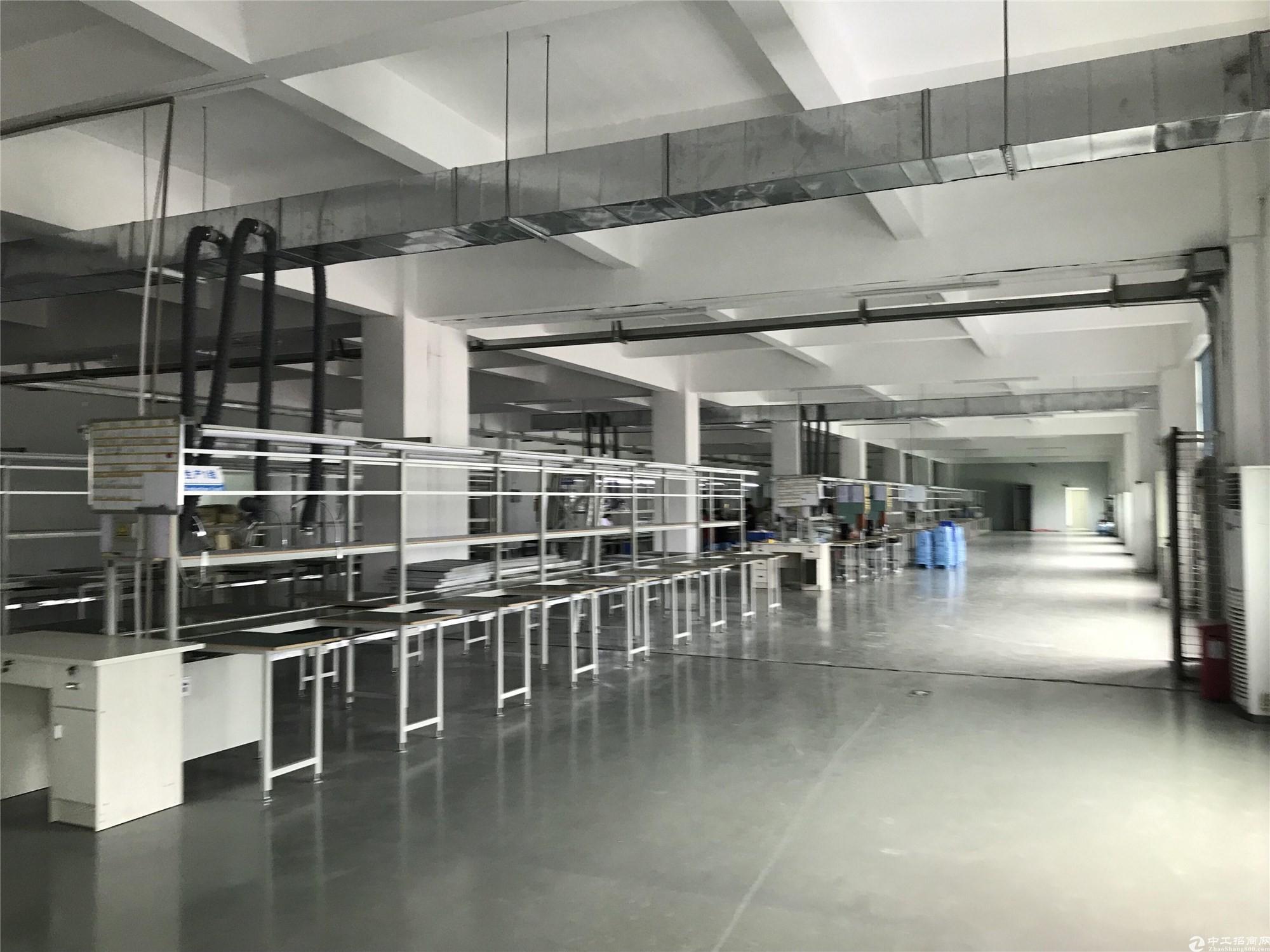 布吉丹竹头工业园区仓库厂房出租整层简装修1352平厂房合租