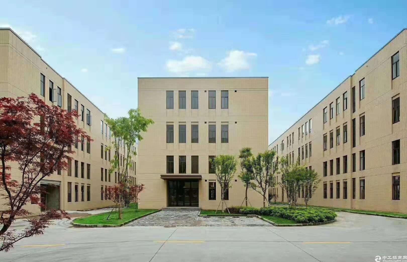 广州从化工业园内建筑1600㎡单一层红本厂房出售可办环评