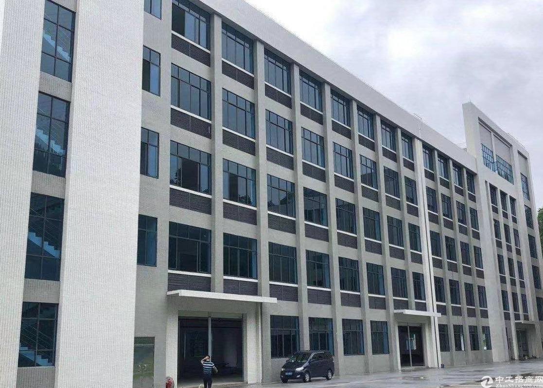 中山市贵族学校带经营出售占地300000㎡建筑130000㎡
