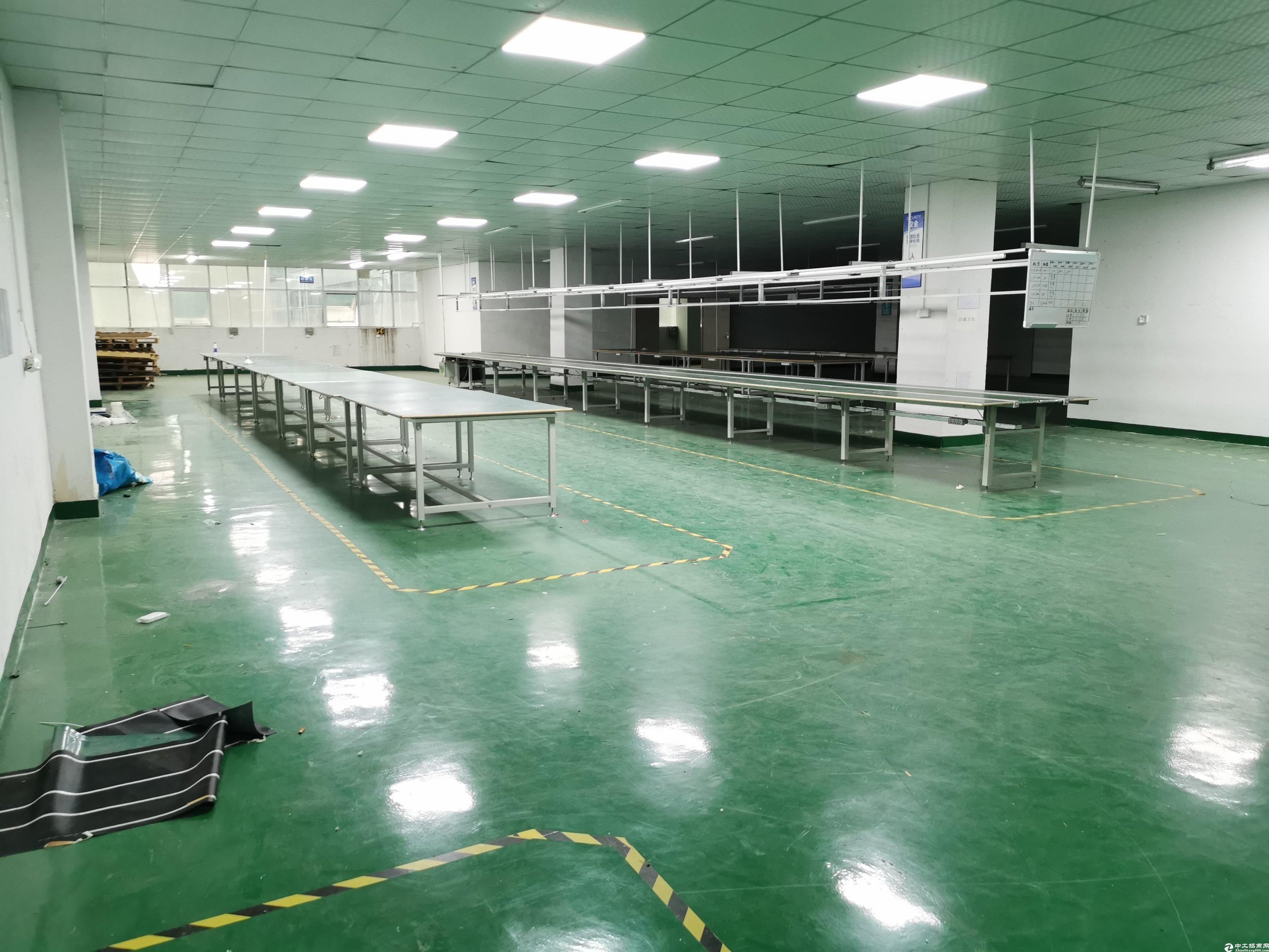 坪山新出原房东精装修2楼1200平方厂房出租.
