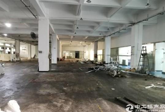 龙华清湖顺腾基工业园5万平厂房仓库出租可分租200平起分