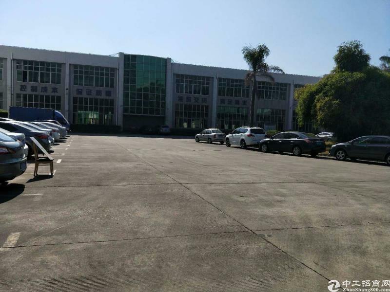 坪山大工业区高速出口附近新出重工业一楼4000平出租可分租!