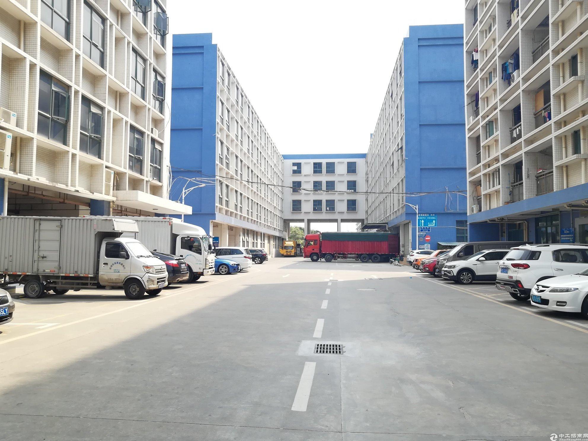 布吉联创科技园4楼精装修厂房可做仓库电商1200平出租,