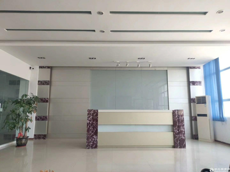 深圳龙华新区新出原房东精装修厂房3100平米