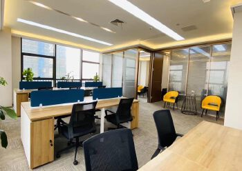 龙岗3号线永湖地铁站200米带全套家精装修写字楼236平出租图片3