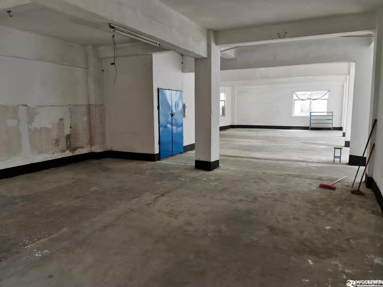 水电齐全!13元!坪山江岭工业区二楼350平厂房出租.