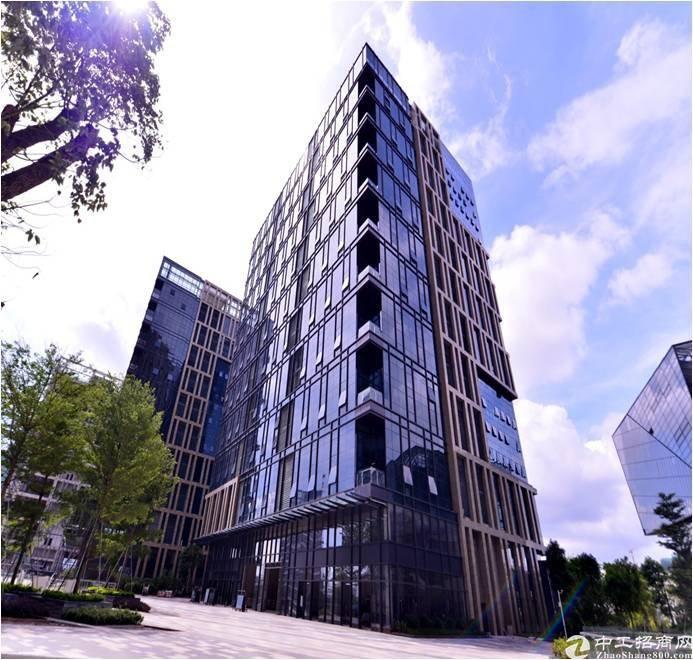 坪山大工业区新出原房东红本2000平精装修办公室厂房出租。