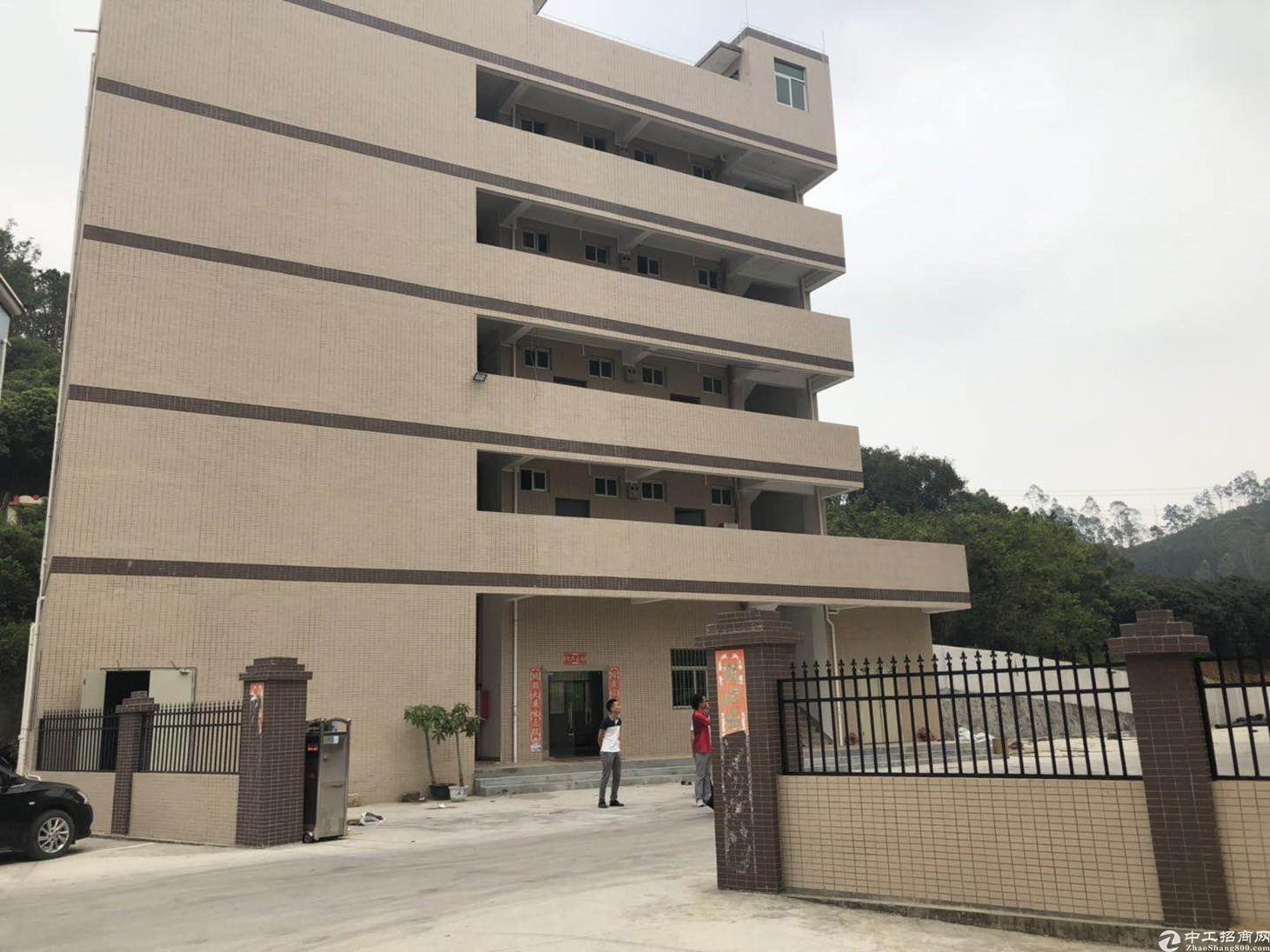 惠阳秋长高速路口旁一楼1200平方带塑胶环评厂房分租