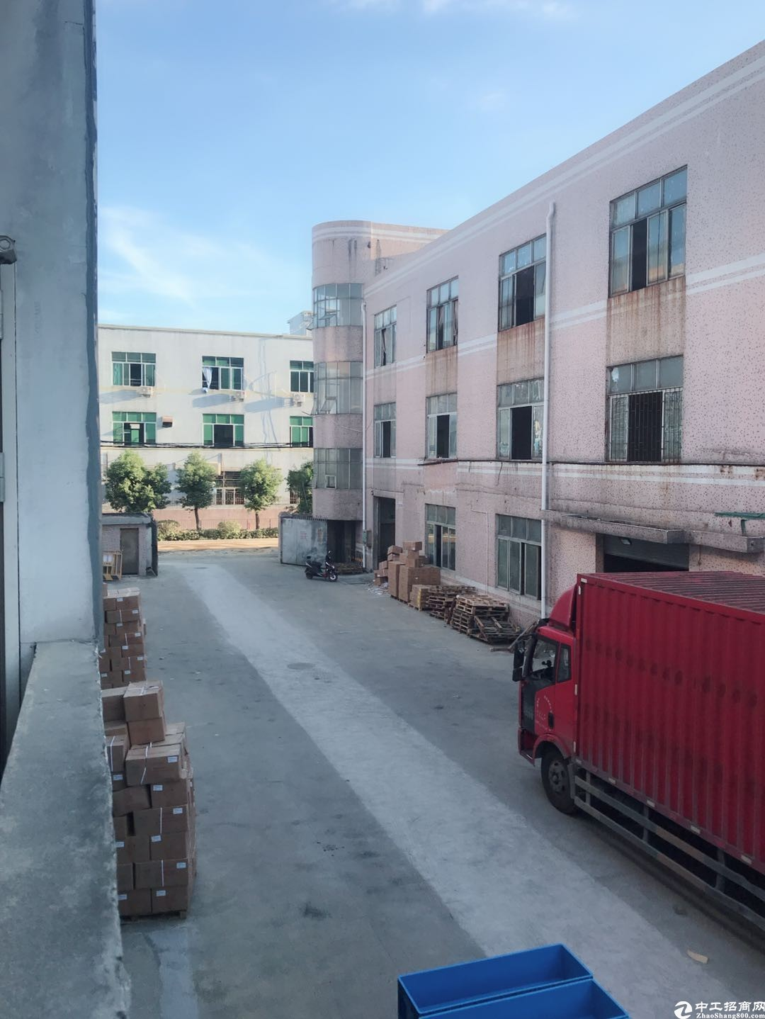坪山南坪快速马峦街道出口二楼450平原房东厂房出租.