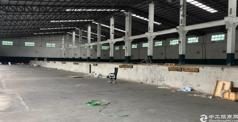 张槎,5000方高台仓,可分租,带牛腿,砖墙到顶