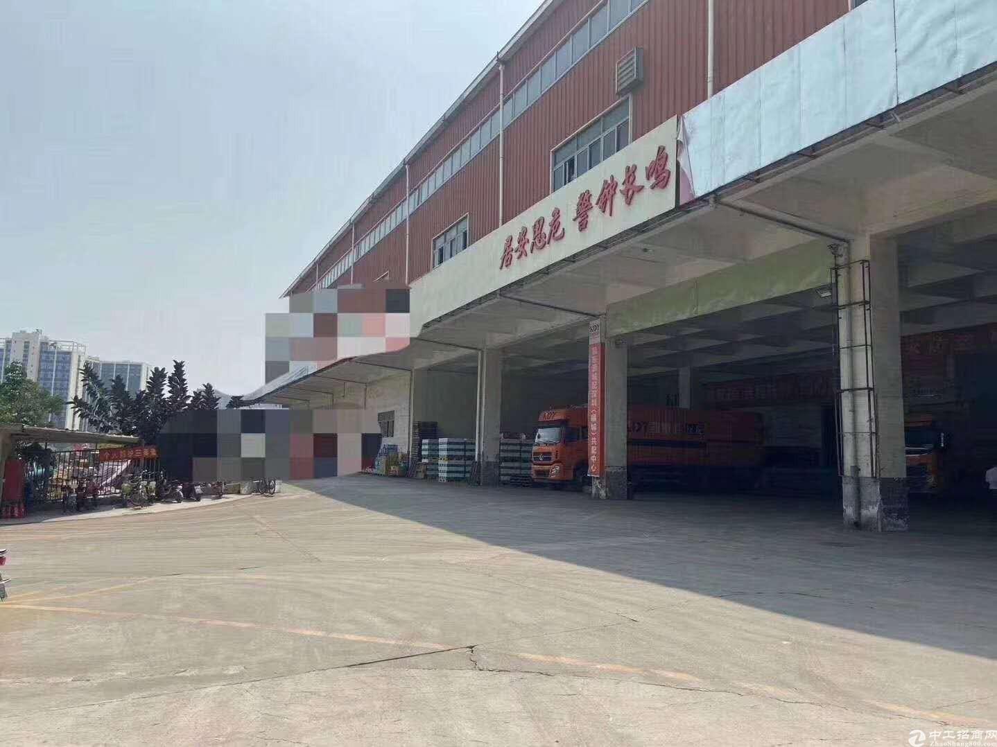 龙华主干道新出单一层物流仓库厂房9600平层高6.5米空地大