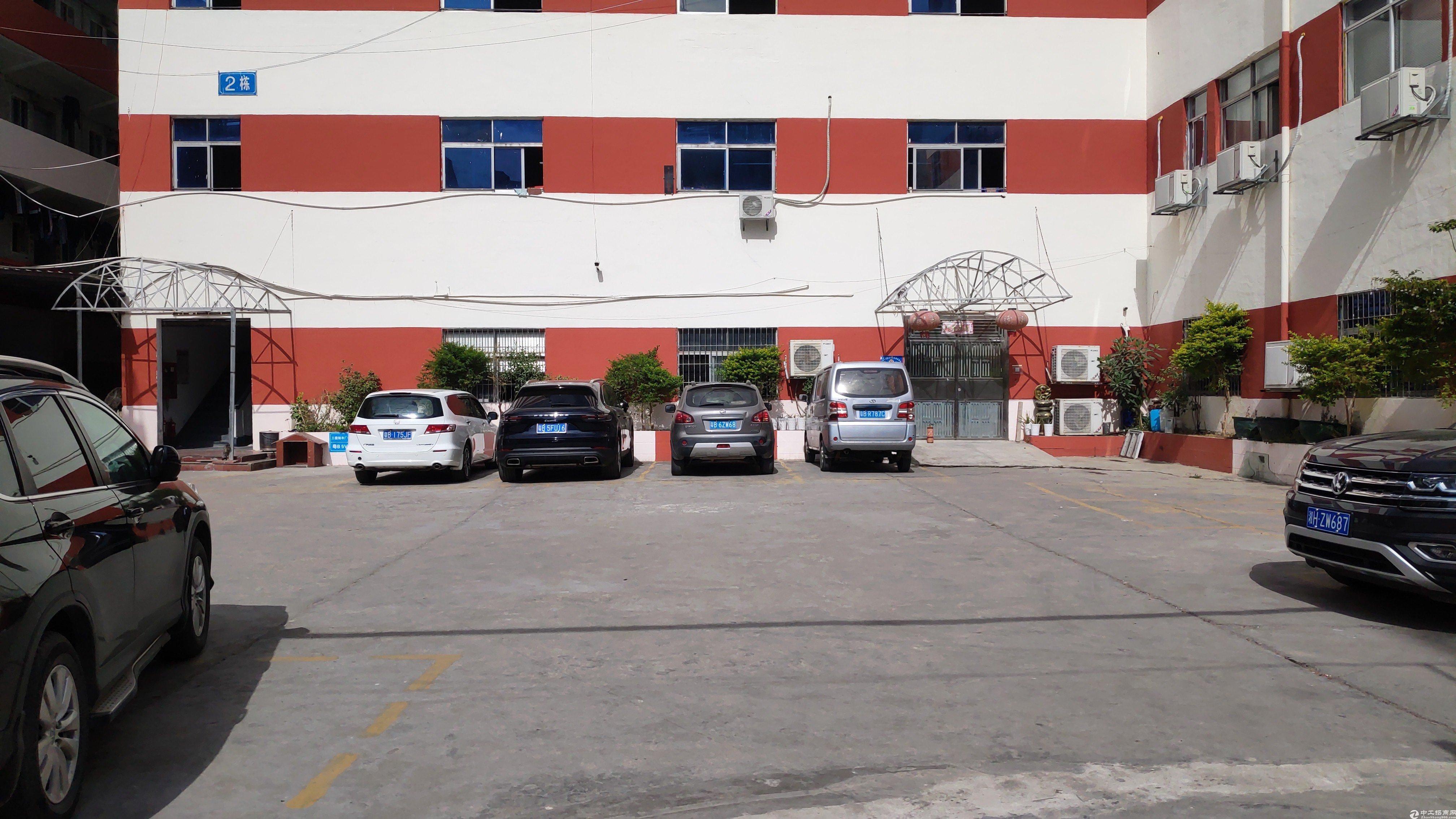 横岗六约埔夏工业区三楼仓库生产均可450平仓库出租主干道边上
