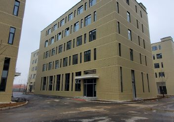 城阳5层独栋厂房,3000平,可研发生产办公用图片2