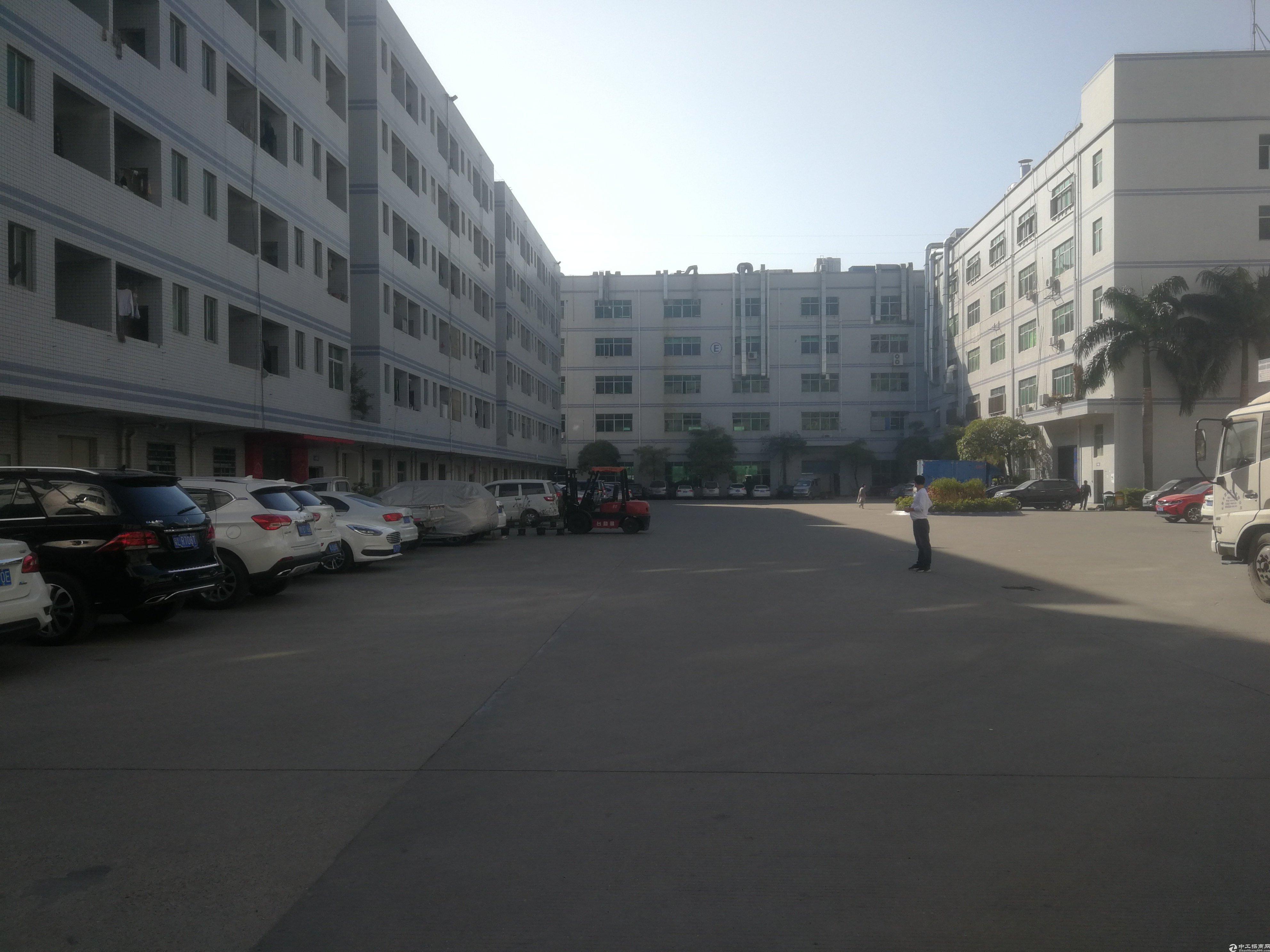 惠阳新圩楼上带现成装修厂房1000平米出租