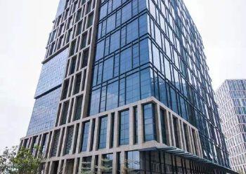 布吉南湾层高六米写字楼2100平米出售图片1