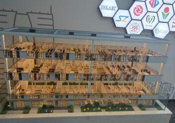 两层独栋厂房出售1500平米,层高7.9米,送阳台图片3