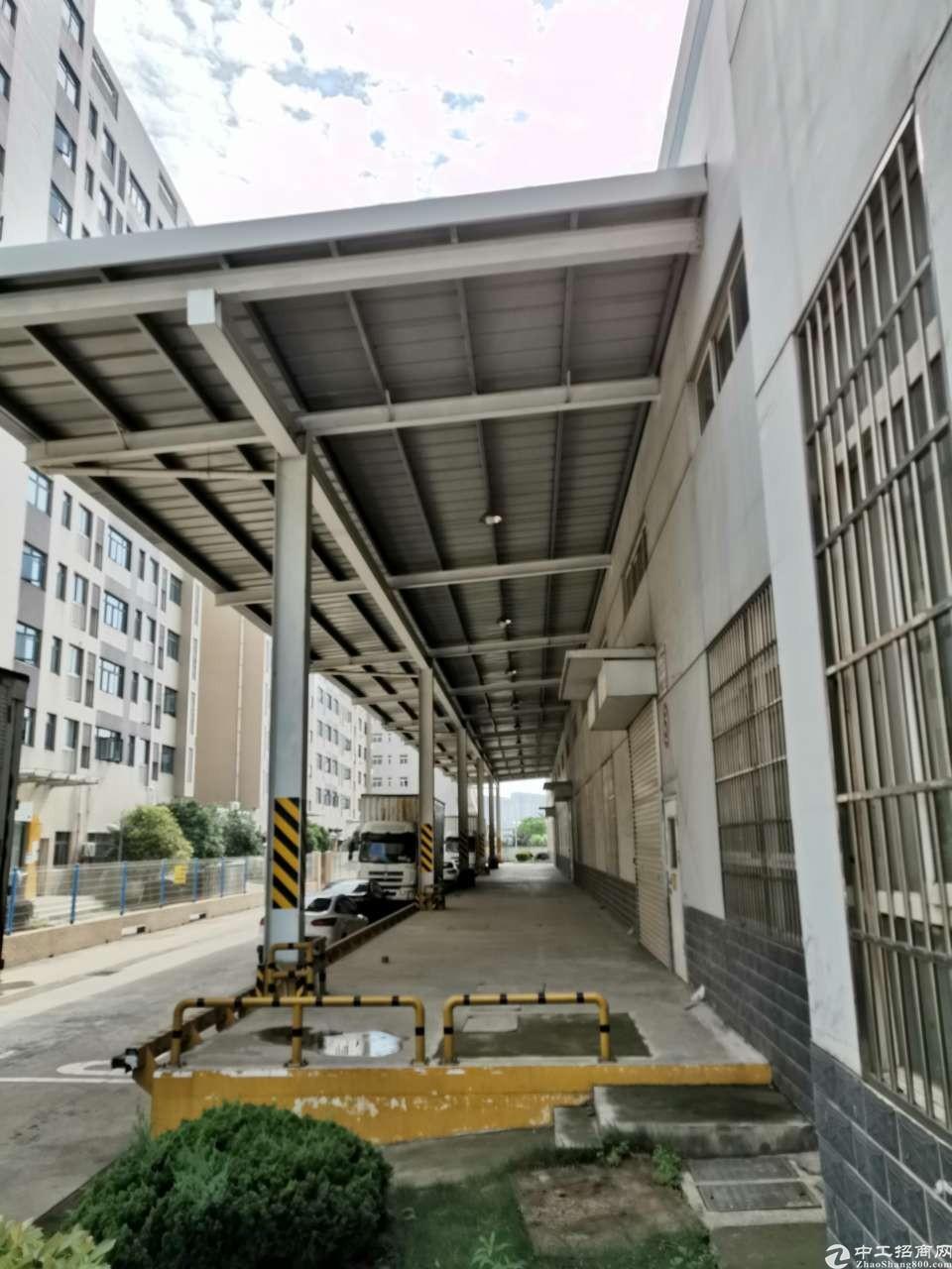 沌口民营科技工业园6459平米一楼钢构万博app官方下载配套齐全