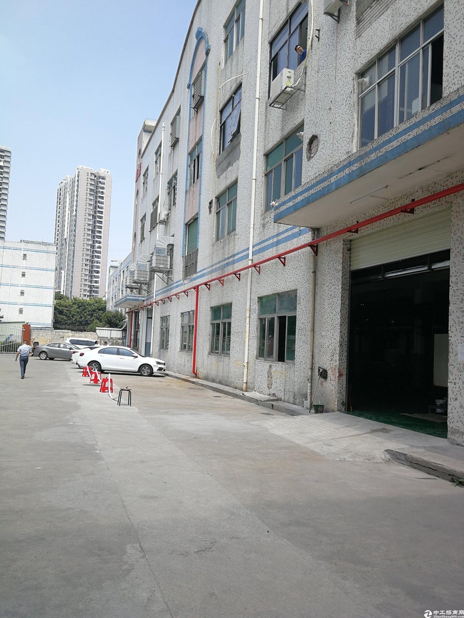 新圩工业园二楼带装修500平方厂房出租一楼有仓库租