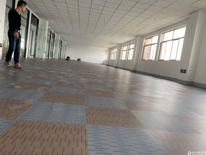 张江康桥生物医药创意园200平租金1.4元配套成熟