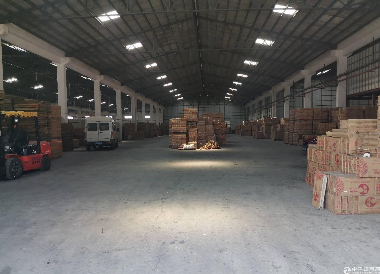 南庄陶兴大道1楼2700平米钢构仓库出租,可分租