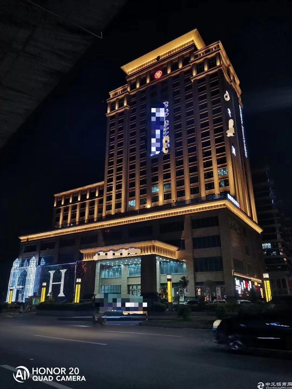 龙岗中心城酒店转让,10000平米现成装修无转让费.