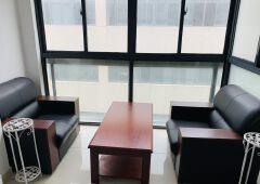 脉山龙大厦,精装交付,地址可注册,45平朝南有窗户
