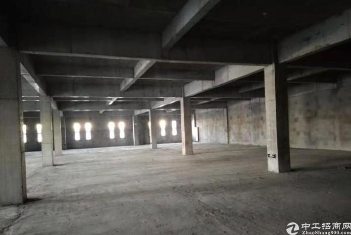 郑州上街工业区路附近厂房整体出租,可分割
