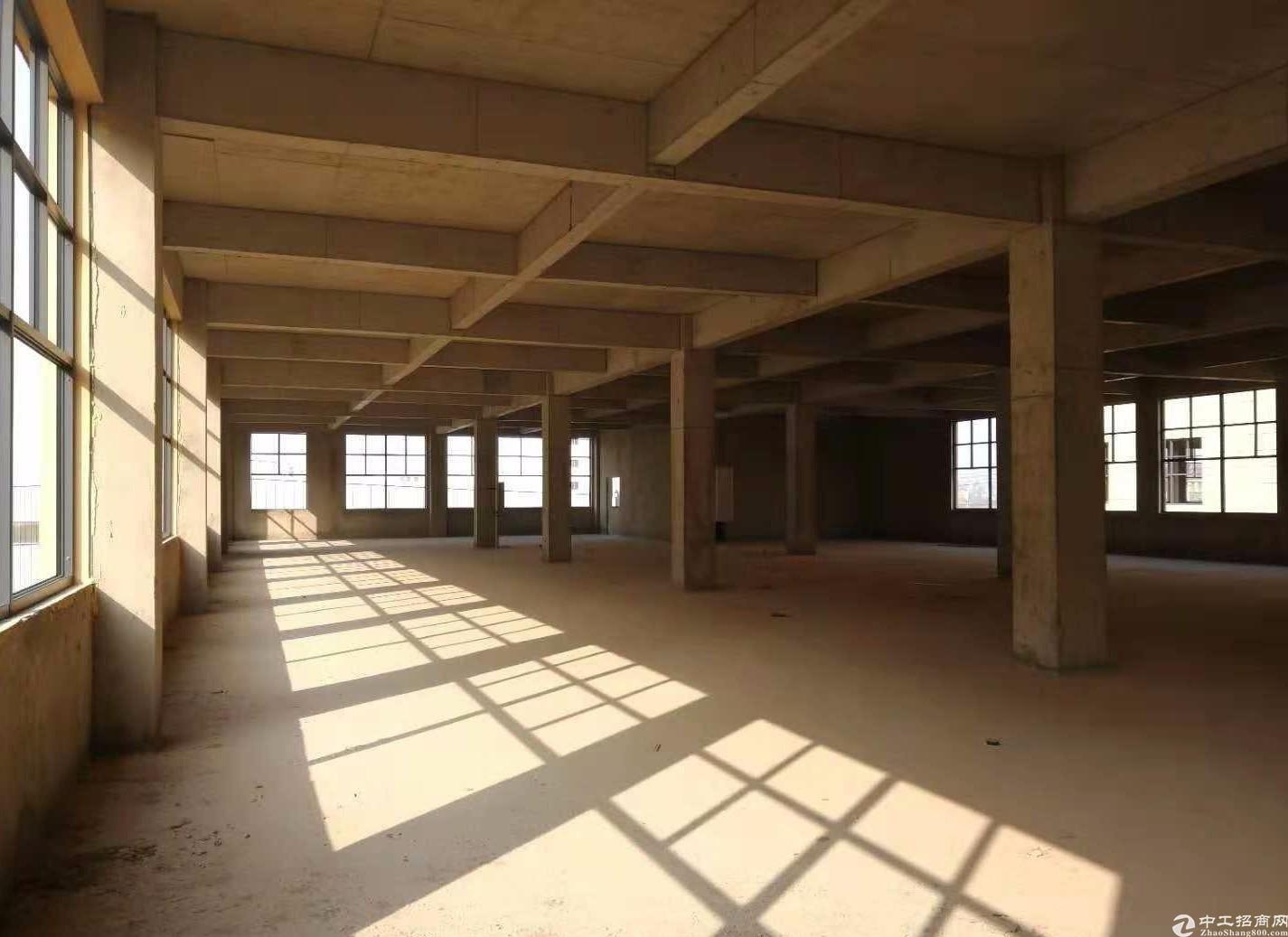 郑州上街工业区路3000平厂房出售,两层可分割
