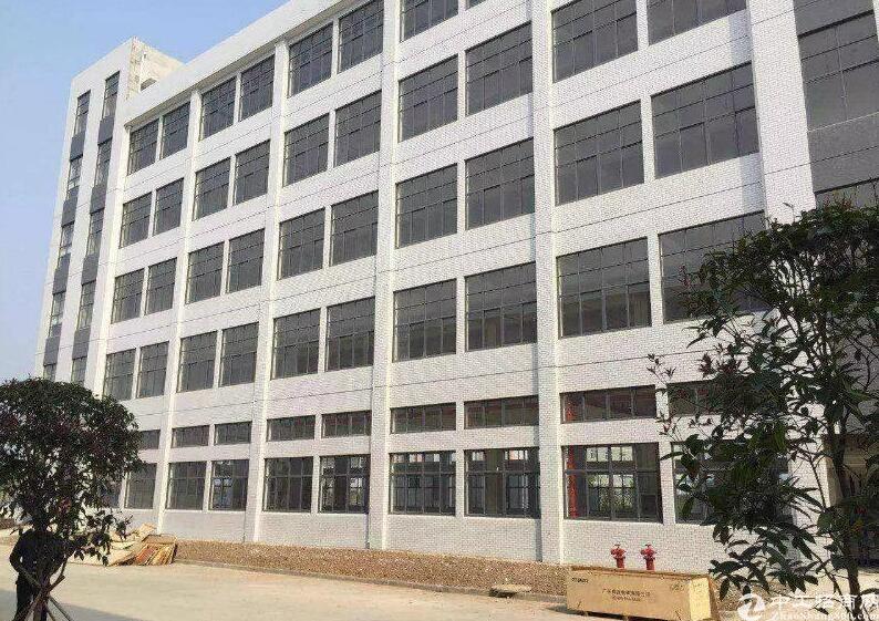 新郑1200标准厂房出租,位于电子产业信息园