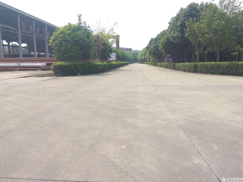 【出租】德阳广汉高新区4200平厂房空坝超级大-图3