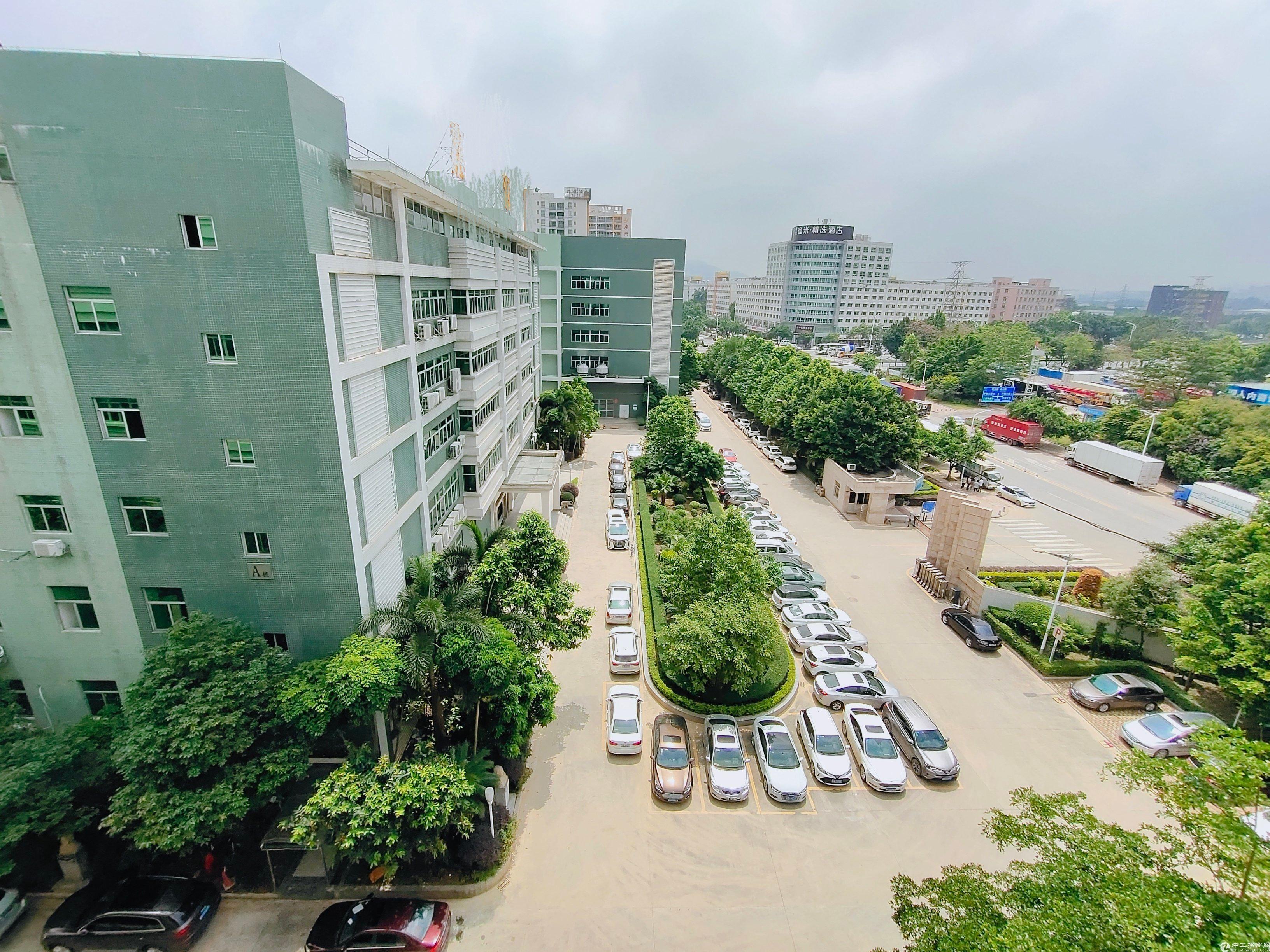 黄埔联和边上新出园区厂房1楼3600平方,价格优惠