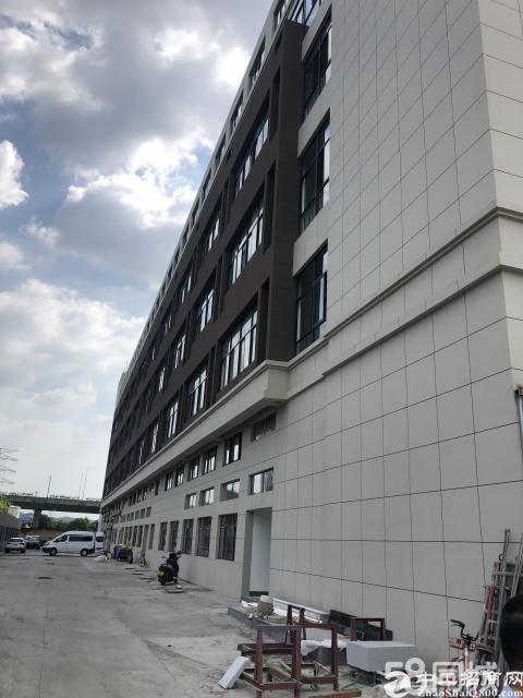 嘉善魏塘工业区8.7亩,7.7亩有证,2380平方厂房
